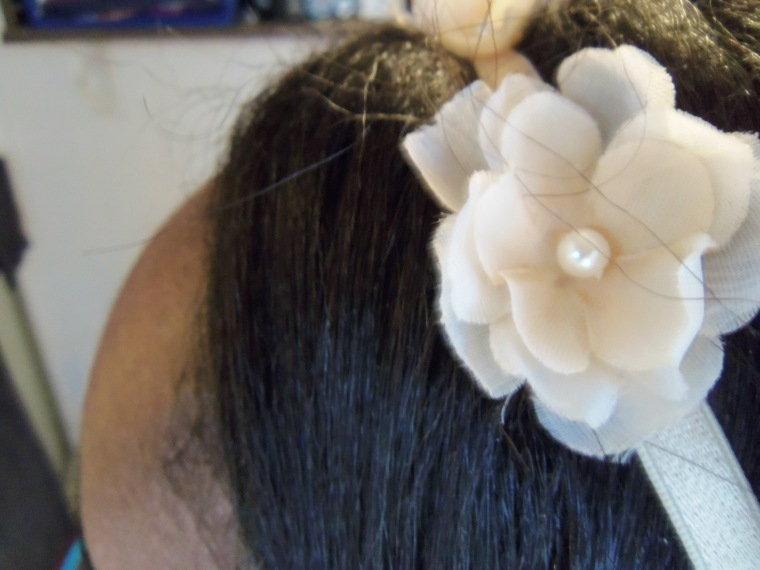 A closer look at my headband. Spring flowers are lovely :)