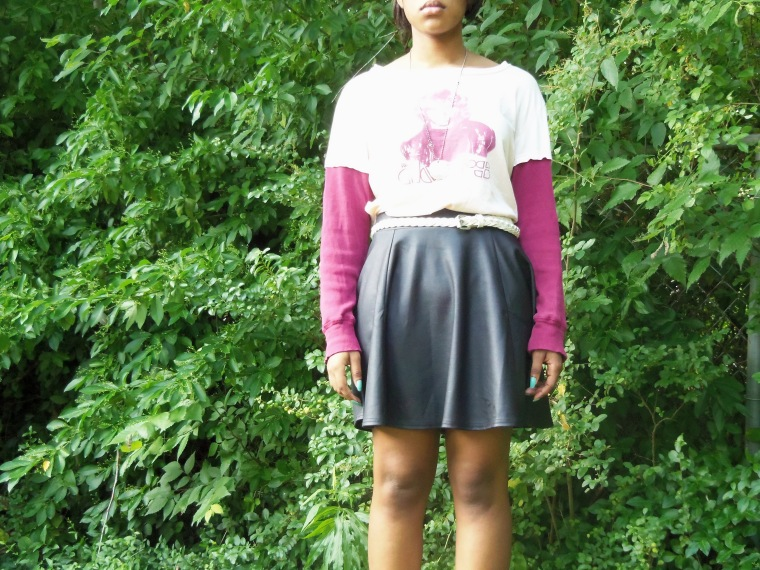 Shirt: Vintage Vinyl (Goodwill); Skirt: Wall Flower; Shoes: ? (Goodwill); Necklace: Etsy