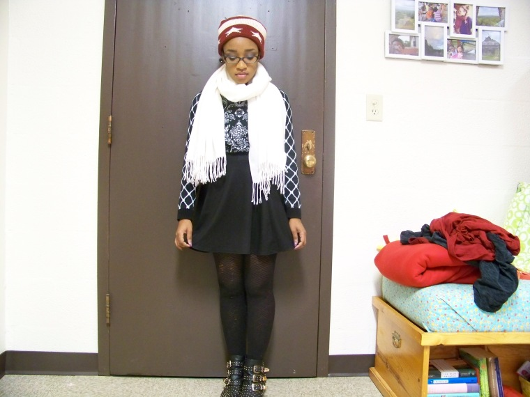 Hat: Forever 21; Scarf: Forever 21; Sweater: Forever 21; Skirt: Wall Flower; Tights: ? (Walmart); Booties: Charlotte Russe