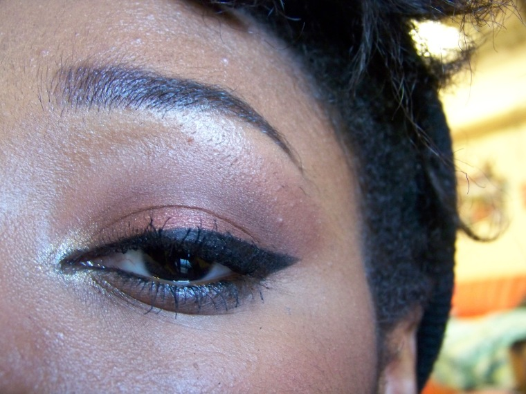 Fireball on the lid, Bedroom Eyes on the outer corner and into the outer crease, and Liquid Gold on the inner corner