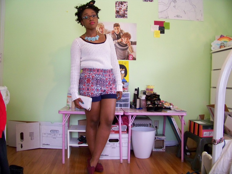 Sweater: Moda International (?); Shorts: Joe B; Shoes: Merona (Target); Necklace: Forever 21; Wallet: Rainbow